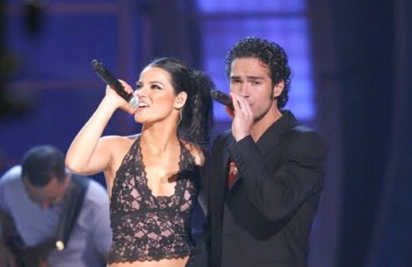 Maite Perroni assume que ela e Poncho faziam playback no começo do RBD!