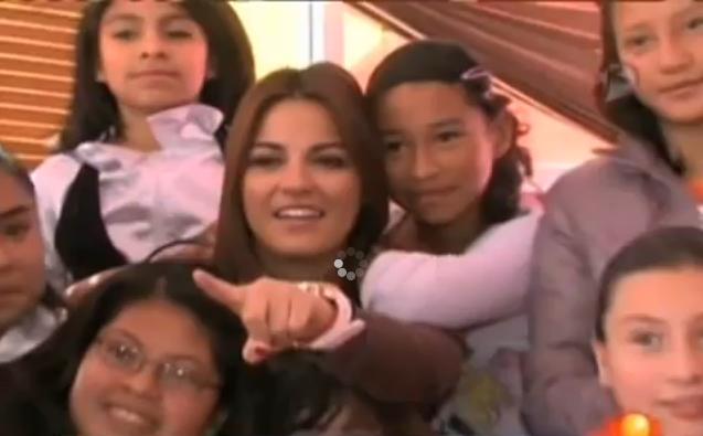 Maite Perroni participa de projeto da Fundação Televisa