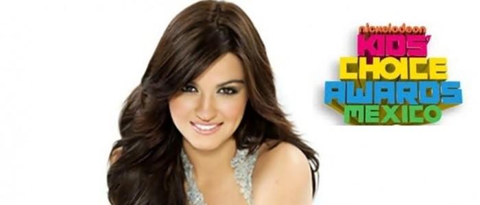 Maite Perroni nas categorias do Kids Choice Awards México 2013
