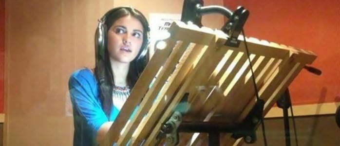 """Video: Maite Perroni na dublagem de """"Selección Canina"""""""