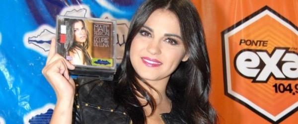 Videos: Maite Perroni em Tarde de Autográfos