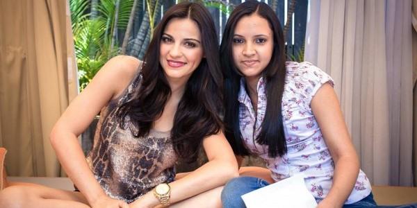 Fãs entrevistam Maite Perroni em evento da Warner Music Brasil
