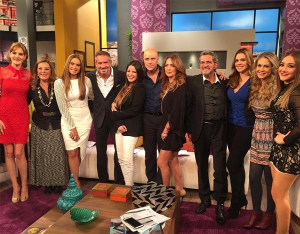 Vídeos: Maite Perroni e elenco de AMQLichita no programa Hoy