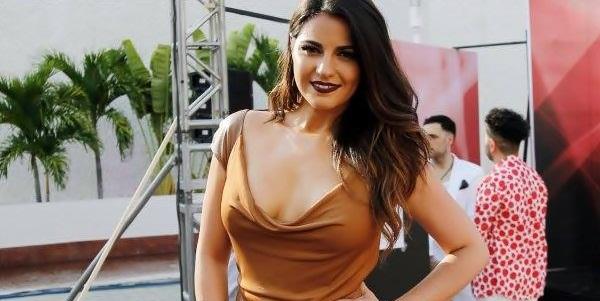Vídeos+Fotos: Maite Perroni no Prêmios TVyNovelas 2016