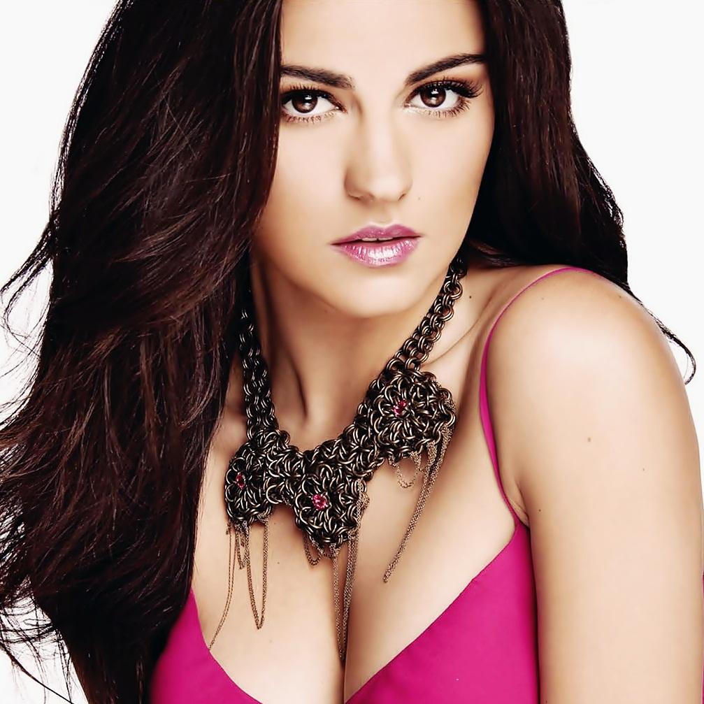 Maite Perroni está trabalhando em seu novo single