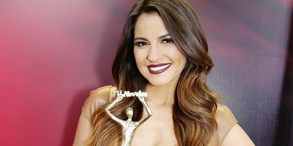 Maite Perroni apresentará o Prêmios TVyNovelas 2017!