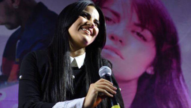 Maite Perroni em divulgação do single 'Como Yo Te Quiero'
