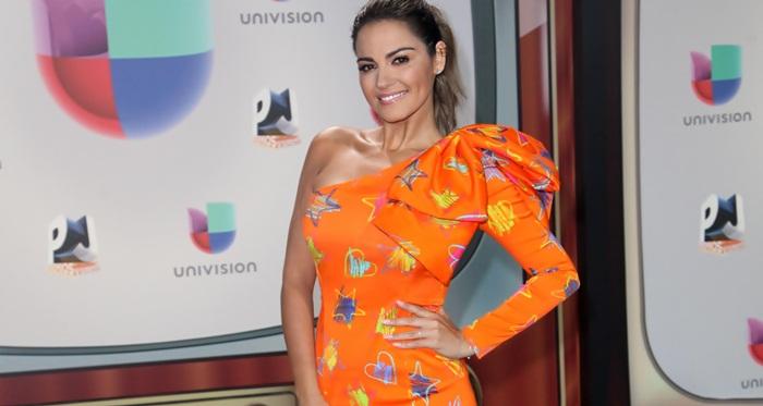 Maite Perroni busca seu lugar na música latina