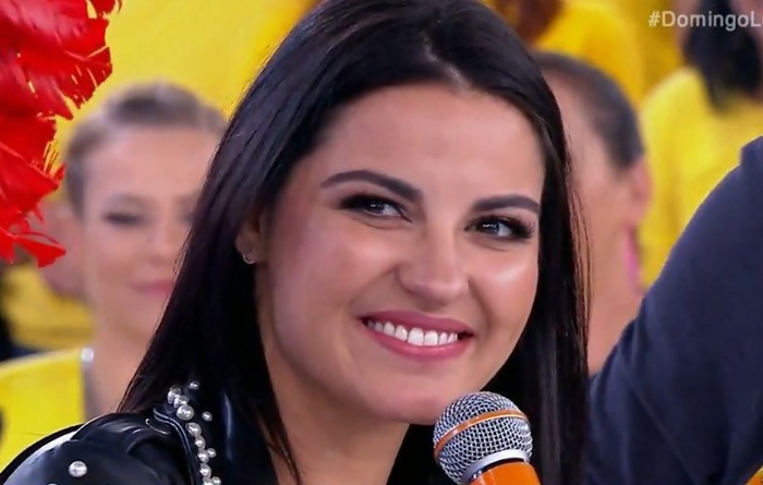 Maite Perroni no programa 'Domingo Legal'
