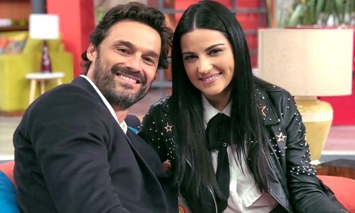 Maite Perroni e Iván Sanchéz no programa 'Hoy'