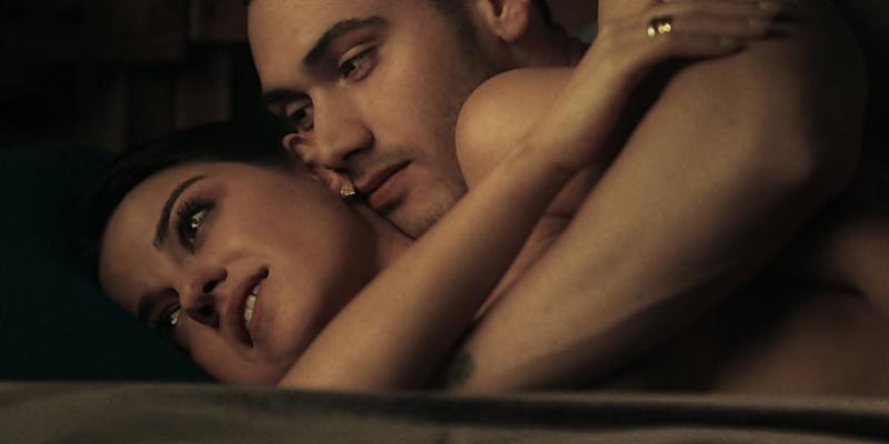 Maite Perroni e Alejandro Speitzer falam sobre os bastidores das cenas sensuais em 'Oscuro Deseo'